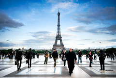 Viewpoint Ahead (gms) Tags: city paris france perfect view capital eiffeltower pedestrians palaisdechaillot trocadro
