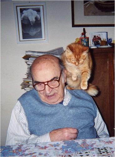 Pietro Omodeo e il suo gatto