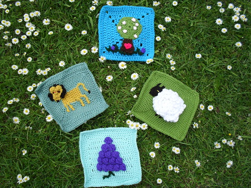 We are collecting Squares for a Children's Picture Blanket. I am concentrating on Blankets for the Elderly. But we thought why not have a go making picture Squares for a Children's Blanket. (one-off). This will be donated to a Childrens' Charity/Hospital/