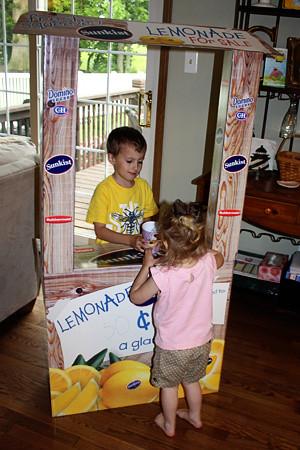 Nathan-giving-lemonade