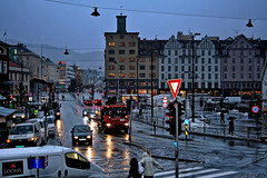 Back to Bergen! (larigan.) Tags: trafficlights cold wet rain christmastree marketplace bergen slippery vgen blueribbonwinner golddragon larigan phamilton torgen anothermomentofmisery gettyimagesnorwayq1 licensedwithgettyimages