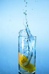 Soda-Orange (Vol.2) (Martin.Matyas) Tags: canon canonef50mmf18 wassertropfen eos400d youscore