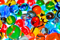 41/365: 2/10/09 - Marbles (KristyR929) Tags: blue red orange green yellow catchycolors colorful marbles project365 msh0209 msh02094