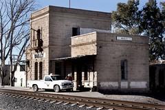 Wadley (Ernesto Jrz) Tags: mxico desert railway desierto camioneta sanluispotos wadley