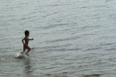 run free (jobarracuda) Tags: boy sea happy lumix kid child philippines run innocence splash bata subic littleboy runfree dagat pilipinas fz50 runningfree takbo panasoniclumixdmcfz50 jobarracuda jobar jojopensica