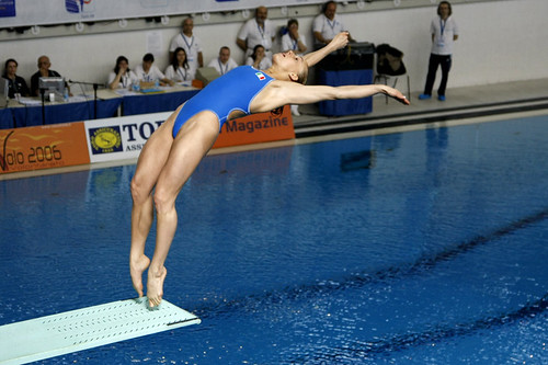 Swimmer and diver Tania Cagnotto diving photo