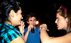 9183 (Gian Franco Costa Albertini) Tags: girls boy man night noche women talk chicas chico asado 2008 mujeres hombre conversacion amigosecreto2008