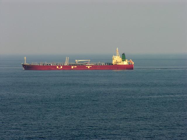 Tanker traversant le détroit de Gibralta