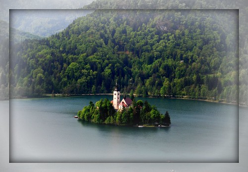 (521) Lake Bled, Slovenia por Franz St..