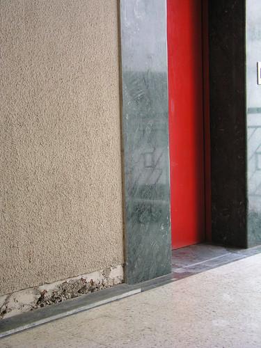 Elevator Door & repair opportunity