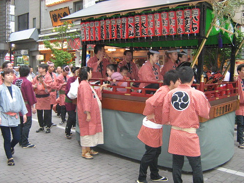 Red team's music float at Sanja Matsuri 2