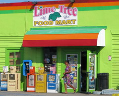 Food Mart - Superette (Cokebuster) Tags: green colors shop magasin couleurs acid vert supermarket keywest foodmart superette acide