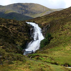 A place where time means nothing (Bn) Tags: scotland waterfall topf50 isleofskye rockymountains nationalgeographic scottishhighlands 50faves cullinmountains rainforestink alltmhicmhoireinriver druimnancleochdwaterfall fascinatinglandscape aplacewheretimemeansnothing 500millionyearsofhistory periodofjura foundbonesofdinosaurus roada87 4thbestislandoftheworld selectedbynationalgeographic secondlargestislandofscotland