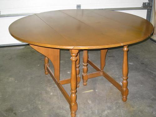 Vintage Round Gate Leg Table $75
