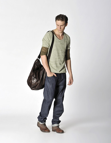 Chris Doe0058_DIESEL BLACK GOLD SS2010 LOOKBOOK