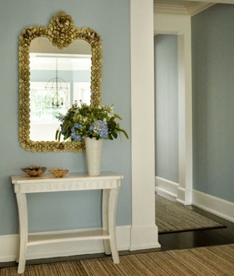 Entryway-Eric-Roth-CoastalLiving.jpg