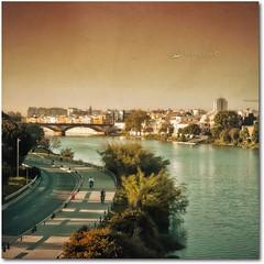 Eternal movie + Pink sky Presets (Una passeggiata a Siviglia) (in eva vae) Tags: bridge art texture river squared spagna lightroom siviglia presets saariysqualitypictures inevavae ringexcellence