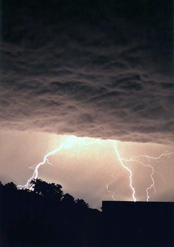 Lightning 1v2