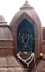 IMG_3020-close-up-yeti-shrine