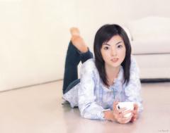 田中麗奈の壁紙プレビュー