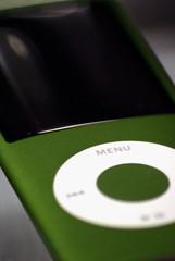 088/365 - Nano (Esko) Tags: green apple ipod 5g 365 nano project365 twitter365
