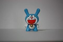 Doraemon (WuzOne) Tags: vinyl frog kidrobot spongebob mickeymouse doraemon custom cartoons pinkpanther stimpy fatcap tomandjerry patrickstar munny artoy wuzone
