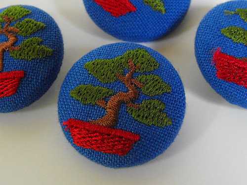 Bonsai Tree Shank Buttons