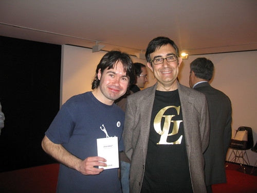 Alberto Ramos y JJ Merelo con el premio