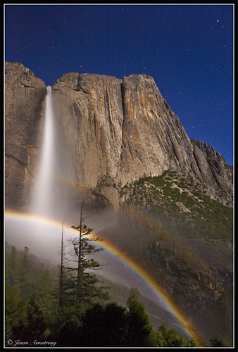 Photo of the Day: Moonbow by Jason Armstrong