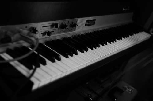 Fender Rhodes Suitcase73 MARK I