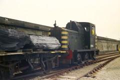 Class 01 01002 Holyhead 13/9/78 (Stapleton Road) Tags: 01002 shunter class01