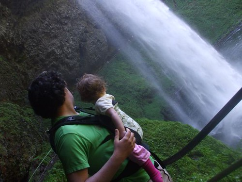 Andrew + Pearl at Silver Falls