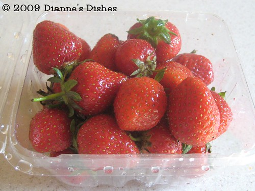 Minty Strawberry Sauce: Strawberries
