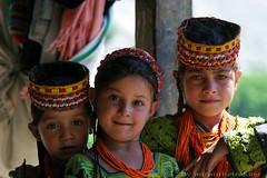 Kalash girls from Hindukush, Chitral (imranthetrekker , new year new adventures) Tags: pakistan people afghanistan mountains tourism nature colors kids portraits faces innocence nwfp cherubs aryans ayun alexanderthegreat chitral hindukush romboor imranthetrekker imranschah kalashvalleys birir kalashgirls nooristan kalashtribes bamborate chitralguy vedicculture kalashgirl chitralis rugveda thelostlegions