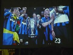 P1170544 INTER Campione d'Europa 2010 (Franz Maniago) Tags: madrid italy italia milano champions inter internazionale moratti mourinho maniago coppacampioni interista interisti tripletta