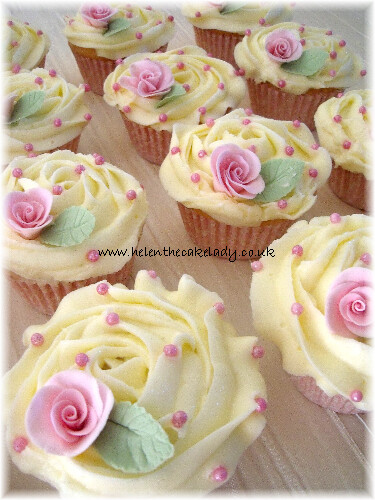 Wedding cupcake white & pink rose (2)