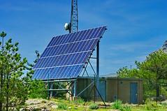 Corse du Sud, la montagne au Col de Bavella 6 une installation photovoltaïque autonome avec 64 panneaux Kyocera polycristallins LA441K63S (paspog) Tags: france corse corsica col bavella coldebavella zonza abigfave estremità