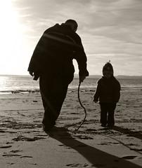 circle in the sand (sskelman) Tags: uk sun beach scotland seaside sand angus coastal firth monifieth