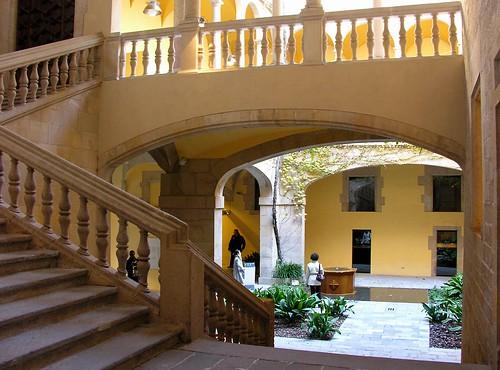 palau del lloctinent sehensw rdigkeit in barcelona. Black Bedroom Furniture Sets. Home Design Ideas