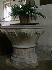 Font, St. Nicholas - South Kilworth
