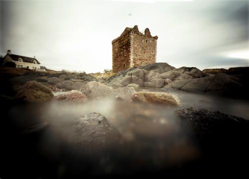 Pinhole image Portencross castle  05Feb09