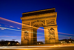 L'Arc de Triomphe, Paris, France 2009 (Baloulumix) Tags: paris france art architecture french photography photo julien arc triomphe paisaje bleu zen  paysage soir  francia arcdetriomphe ville  paesaggio tourisme  pars  parisfrance urbain franceparis                    platinumphoto thebestofday gnneniyisi baloulumix   francesmasterpieces   fourniol  fournioljulien julienfourniol      larcdetriompheinparis