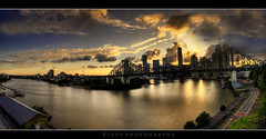 Another Day (Reedy Photography) Tags: city sunset clouds river australia brisbane rays storybridge canon1022mm 40d