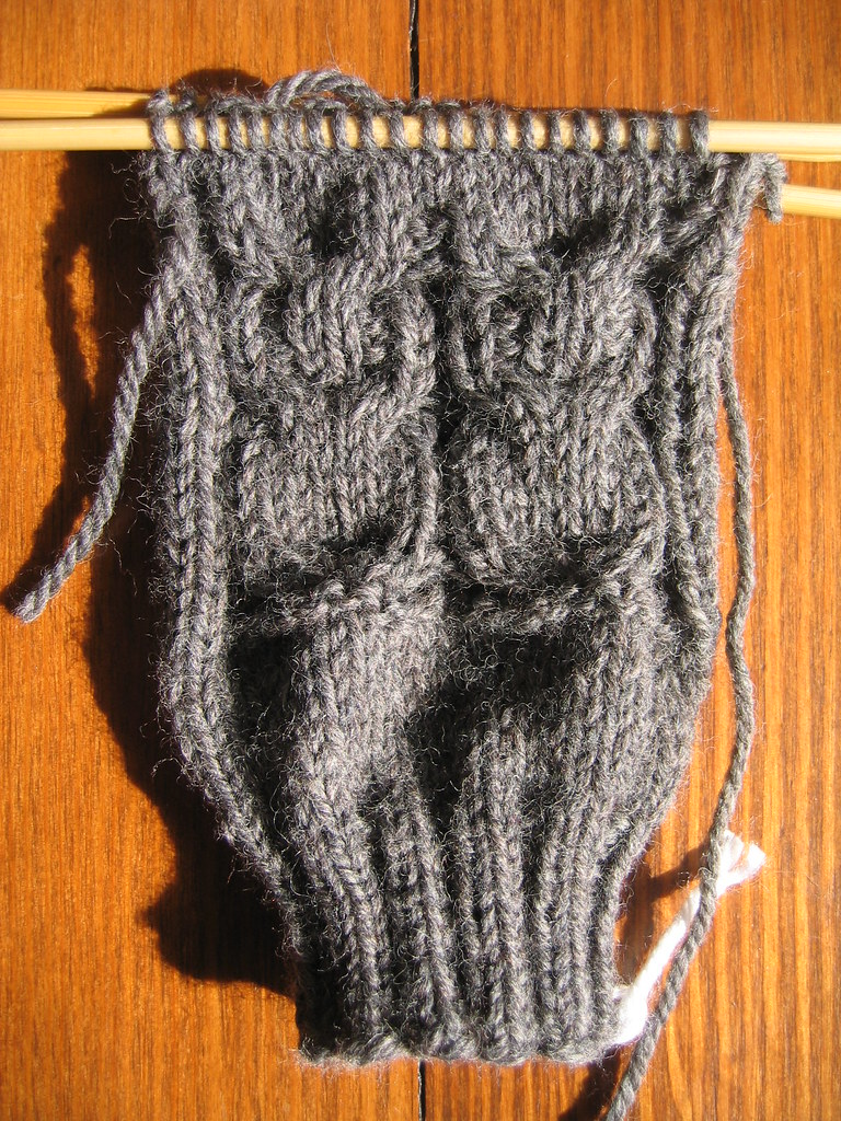 KIP,WIP: grey owl gloves