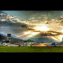 """If you spend your whole life waiting for the storm, youll never enjoy the sunshine."" [HDR] (traumlichtfabrik) Tags: sunset geotagged austria tirol sterreich airport inn long sonnenuntergang pentax alpen flughafen tamron 2009 coordinates tyrol position innsbruck lat walkingonsunshine inntal katrinaandthewaves tamron18250 k200d traumlichtfabrik geo:lat=47259051 geo:lon=11354603"