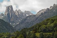 Naranjo (acuarios) Tags: asturias pico picosdeeuropa naranjo urriellu