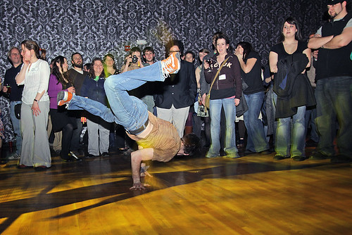 breakdancing between acts