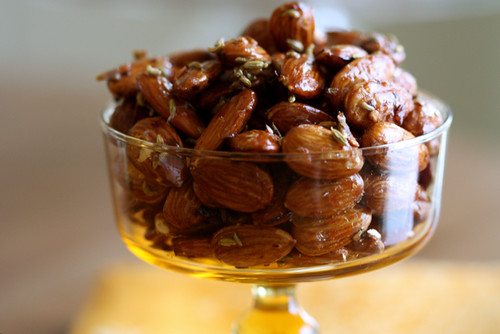 Sweet and Spicy Baked Almonds