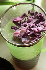 red cabbage draining