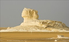 (839) white desert /Sphinx/ Egypt (unicorn 81) Tags: africa travel sunset white color sahara nature trekking landscape geotagged nationalpark sand colorful desert northafrica dunes dune egypt egyptian colourful egipto coloured 2009 gypten egitto egypte reise egypten rundreise roundtrip egipt gypte mapegypt saharadesert whitedesert westerndesert misr nordafrika egypttrip libyandesert april2009 gypten deserttour aegyptus libyschewste unicorn81 weisewste  whitedesertnationalpark gyptusintertravel gyptenreise schulzaktivreisen saharacolors nationalparkweisewste nationalparkwhitedesert wstenreise meinjahr2009